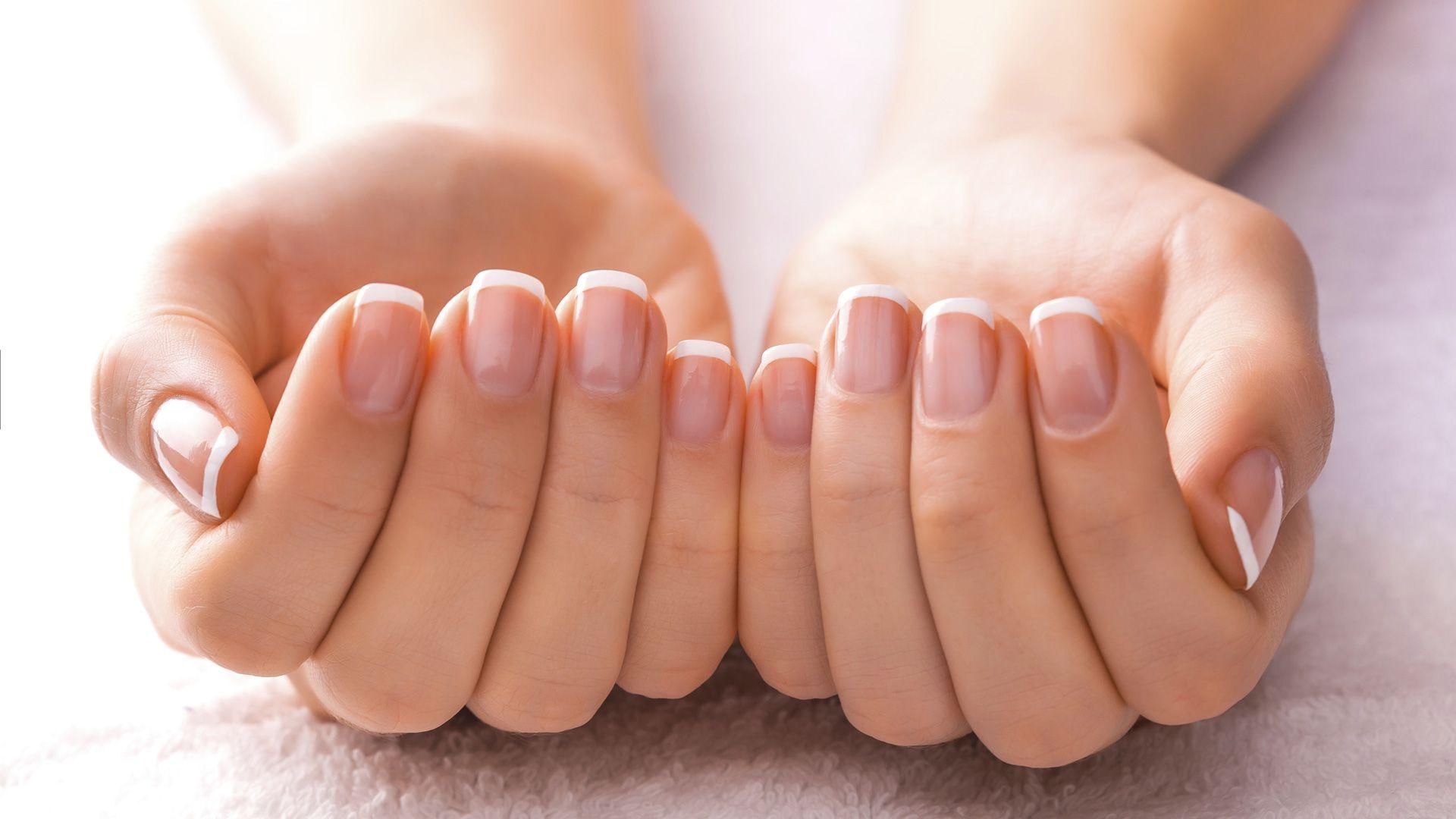 Cuidar manos y uñas