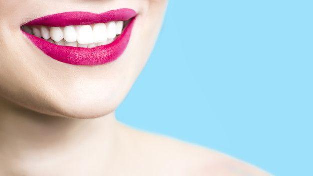 como conseguir dientes blancos