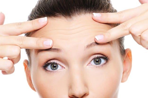Eliminar las arrugas de la frente